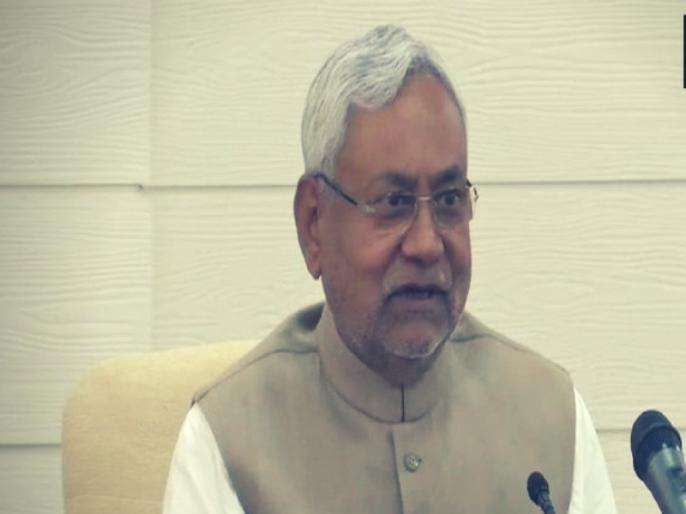 Politics gathering in Bihar on the occasion of Makar Sankranti, NDA will gather in JDU banquet, Lalu will eat chuda-curd in jail | मकर संक्रांति के अवसर पर बिहार में राजनीति जमावड़ा,जदयू के भोज में जुटेगा एनडीए, लालू जेल में खाएंगे चूड़ा-दही