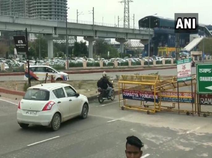Shaheen Bagh Protest: Noida-Faridabad road reopened, It was shut for the last 69 days | शाहीन बाग प्रदर्शन से परेशान राहगीरों के लिए राहत, खुल गया नोएडा-फरीदाबाद रास्ता, 69 दिनों से था बंद
