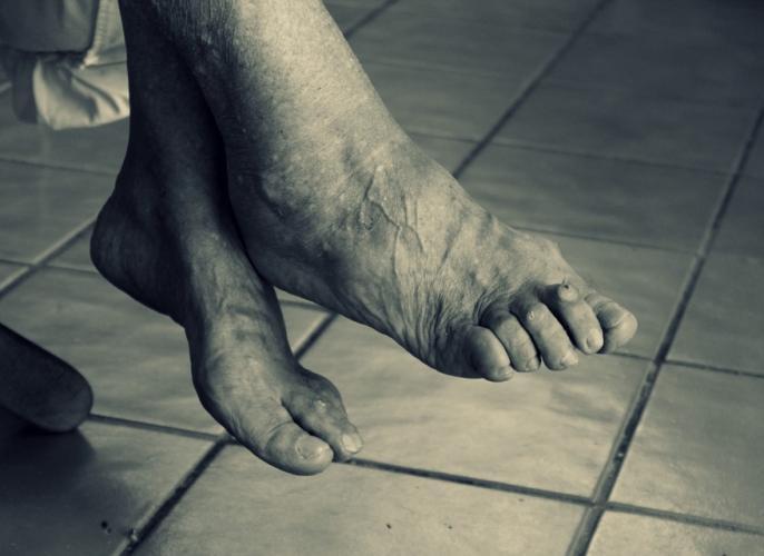 Andhra Pradesh Drunk son sexually assaults 86-year-old mother | शर्मनाक: बेटे ने 86 वर्षीय मां के साथ किया रेप, शराब के नशे में चूर था आरोपी