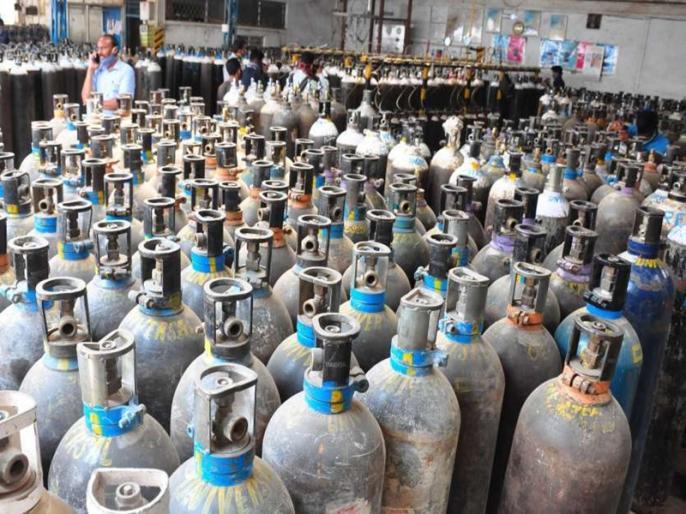 Maharashtra demands Center to increase oxygen quota | महाराष्ट्र सरकार ने केंद्र को लिखा पत्र, मेडिकल ऑक्सीजन का आवंटन बढ़ाने की मांग