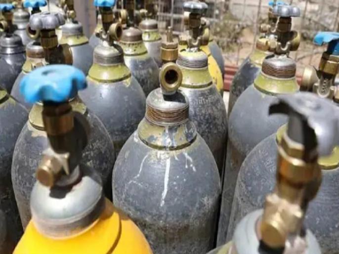 Maharashtra Coronavirus oxygen may bring by ship from abroad by Uddhav Thackeray govt | कोरोना संकट के बीच महाराष्ट्र में ऑक्सीजन की बढ़ी मांग, उद्धव ठाकरे सरकार उठाने जा रही है ये कदम
