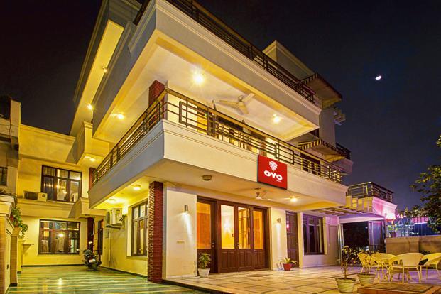OYO rooms become second largest hotel chain in china | OYO रूम्स को मिली बड़ी कामयाबी, बना चीन का दूसरा सबसे बड़ा होटल समूह