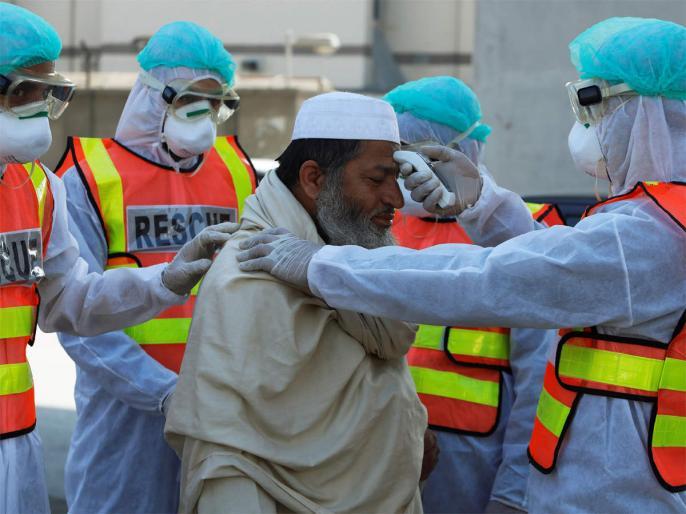 Corona virus cases are increasing rapidly in Pakistan, Japan and Turkey offer help   पाकिस्तान में तेजी से बढ़ रहे हैं कोरोना वायरस के मामले, जापान-तुर्की ने की मदद की पेशकश