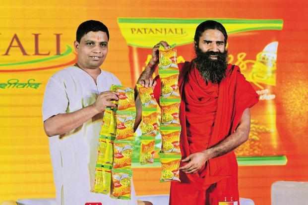 Baba Ramdev- aacharya balkrishna company patanjali turnover in 2018 has been slow down dramatically | पतंजलि को पड़ी 'अनुलोम विलोम-कपालभाती' की जरूरत, बाबा रामदेव की स्वदेशी कंपनी के वार्षिक टर्नओवर में आई भारी गिरावट