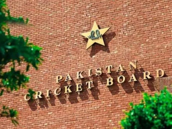 Ehsan Mani rules out pay cuts in PCB despite loses due to COVID-19 | पाकिस्तान घाटे में बेचेगा प्रसारण अधिकार, PCB अध्यक्ष ने छंटनी को लेकर कह दी ये बात