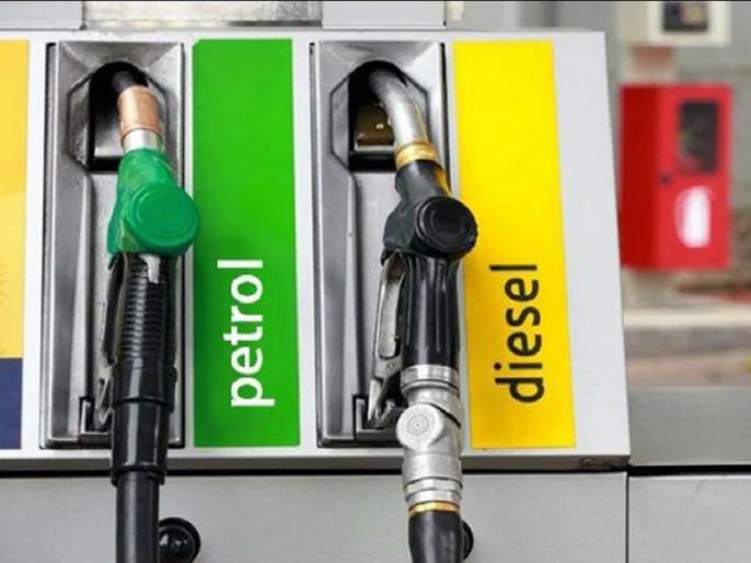 Petrol, diesel prices at record highs; petrol in Maharashtra crosses Rs 100 | कोरोना संकट के बीच पेट्रोल-डीजल की कीमतें भी रिकॉर्ड ऊंचाई पर, महाराष्ट्र में पेट्रोल 100 रुपये के पार