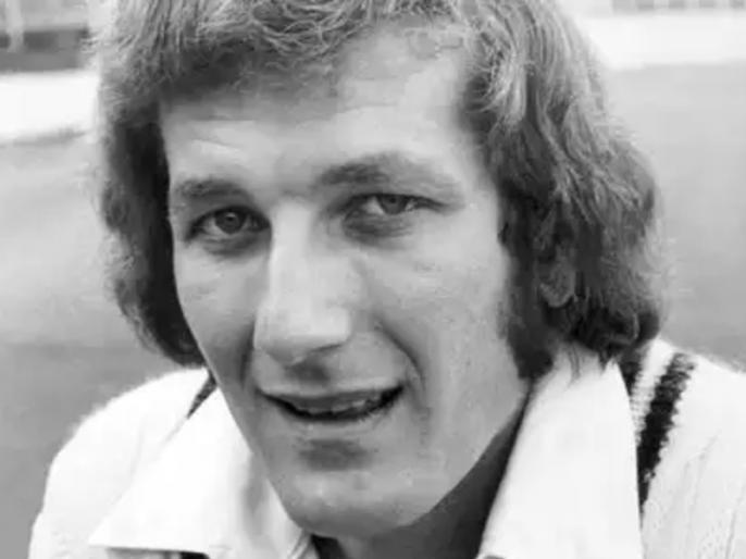 england former captain and fast bowler bob willis dies from cancer | इंग्लैंड के पूर्व कप्तान बॉब विलिस का 70 साल की उम्र में निधन