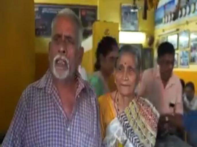 meet Kerala couple vijayan and his wife mohana, travelled 23 countries by selling tea | चाय बेचने वाले इस भारतीय कपल ने किया कुछ ऐसा, लोग कर रहे PM मोदी से तुलना