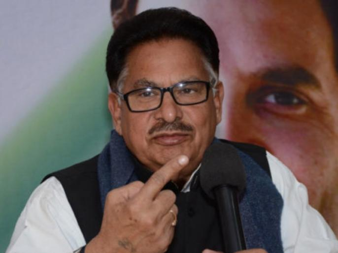 Mecca Masjid: Congress said 'Rahul Gandhi and party never used the term' saffron terrorism ' | मक्का मस्जिद: कांग्रेस ने कहा 'राहुल गांधी और पार्टी ने कभी 'भगवा आतंकवाद' शब्द का इस्तेमाल नहीं किया'