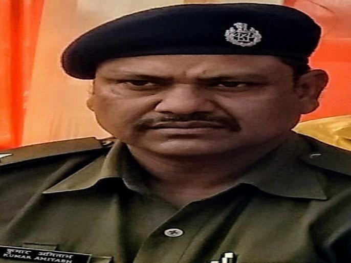Bihar: Police Inspector Suspended, despite liquor prohibition   बिहार: शराबबंदी के बावजूदशराब की तस्करी करता थापुलिस इंस्पेक्टर, सस्पेंड