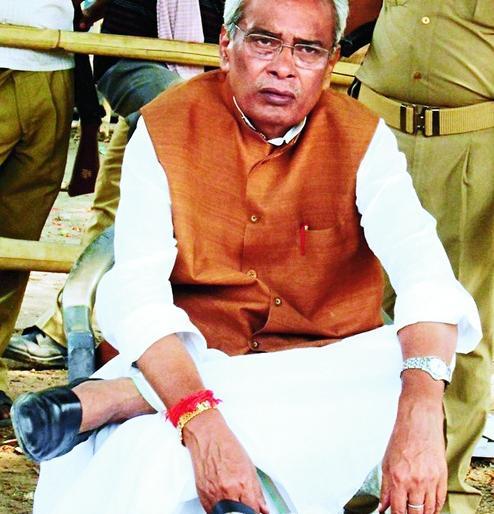 MLA Ashok Singh massacre Former Bihar Bahubali MP Prabhunath Singh jolted life imprisonment continues | विधायक अशोक सिंह हत्याकांडःबिहार के पूर्व बाहुबली सांसद प्रभुनाथ सिंह को झटका,उम्रकैद की सजा बरकरार