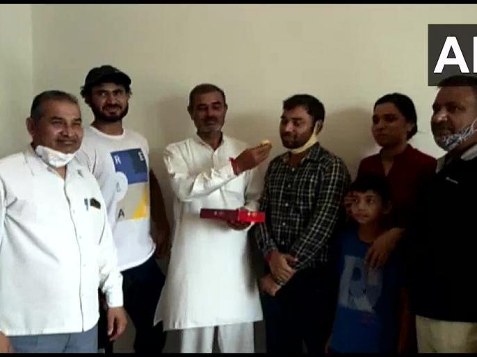UPSC Civil Services Final Result 2019 Marks released after 15 days Pradeep Singh biggest hand of my father   UPSC Civil Services Final Result 2019:15 दिन बाद जारी होंगे मार्क्स, प्रदीप सिंह बोले-सबसे बड़ा हाथ मेरे पिताजी का