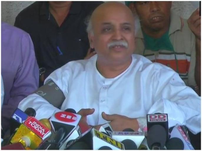 Pravin Togadia begins indefinite fast due to ram mandir issue | राम मंदिर निर्माण को लेकर प्रवीण तोगड़िया अनिश्चितकालीन उपवास पर बैठे