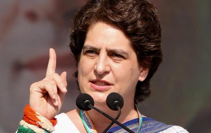 People of BJP, do not sideline data, shore up poverty: Priyanka Gandhi | भाजपा वालों, डाटा को किनारे मत लगाओ, गरीबी को किनारे करोःप्रियंका गांधी