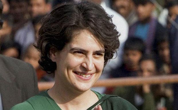 Priyanka gandhi's comeback in politics will be the Congress who is struggling with funding: report | 'फंड की कमी से जूझ रही कांग्रेस को राजनीति में प्रियंका के आने से होगा फायदा'