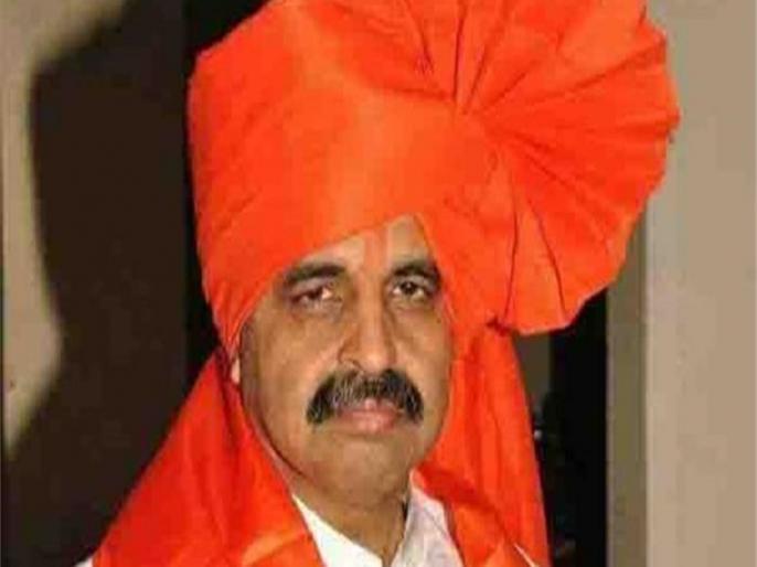 maharashtra racial violence hindutva leader milind ekbote arrested | महाराष्ट्र जातीय हिंसा : हिंदुत्ववादी नेता मिलिंद एकबोटे हुए गिरफ्तार