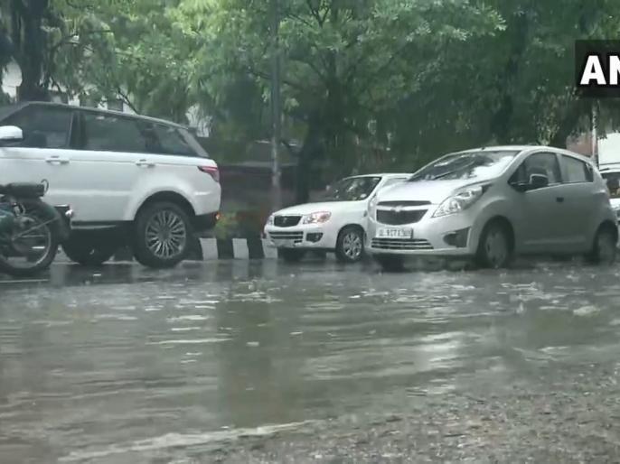 Weather updates Heavy rain Uttarakhand's Tehri Pushta debris fell on house, three killed, water filled in Dehradun homes | उत्तराखंड के टिहरीमें भारी बारिश,पुश्ते का मलबा मकान पर गिरा,तीन की मौत, देहरादून के घरों में भरापानी