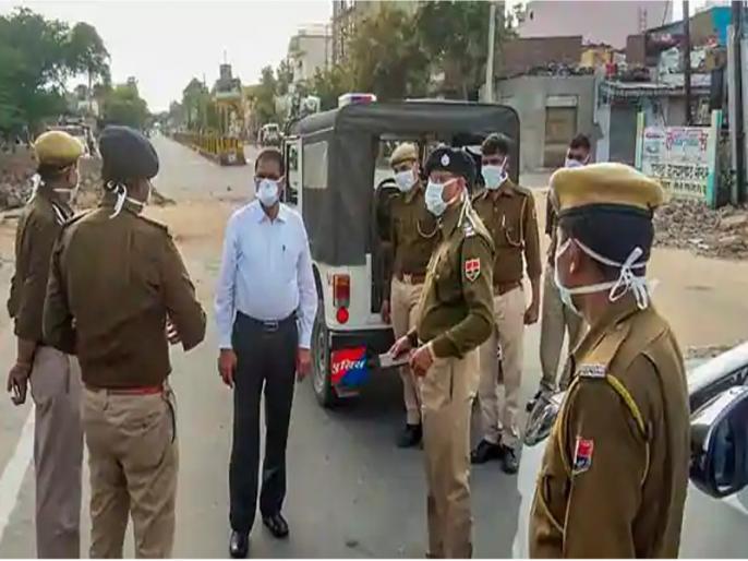 Rajasthan: On the role of policemen in Corona, people said- they played the role of guardian   कोरोना में पुलिसकर्मियों की भूमिका पर लोगों ने कहा- उन्होंने निभाई अभिभावक की भूमिका