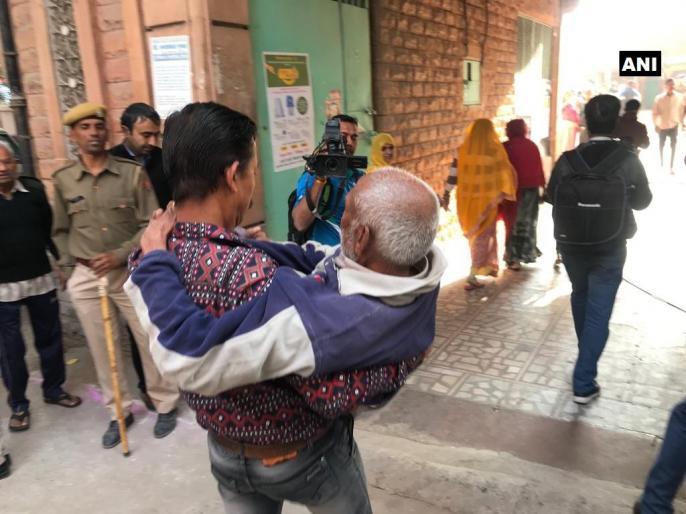 rajasthan assembly election polling 2018 live update latest breaking news headline | राजस्थान चुनाव में 72.7 प्रतिशत मतदान, जानिए वोटिंग से जुड़ी दिनभर की सभी हाईलाइट्स