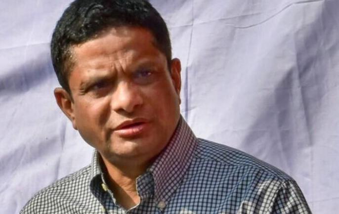 Former Kolkata Police chief Rajeev Kumar fails to report to MHA duty on time.   आईपीएस अधिकारी और कोलकाता पुलिस के पूर्व प्रमुख राजीव कुमार नेगृह मंत्रालय में रिपोर्ट किया