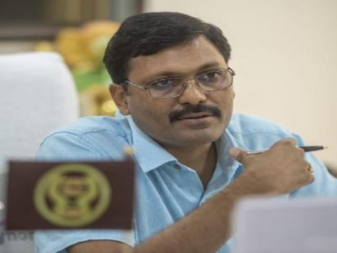 coronavirus lockdown india up rampur dm take action against who break lockdown rule | '4 समोसे भिजवा दो', लॉकडाउन के दौरान शख्स की अजीब मांग, DM ने घर भिजवाए फिर दी ऐसी सजा
