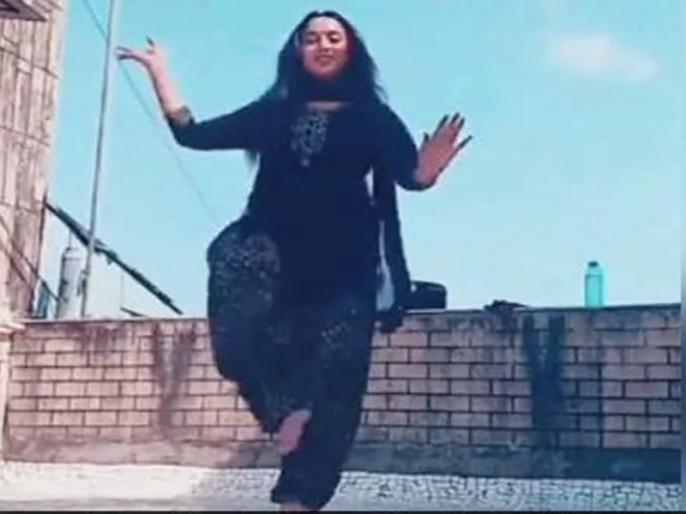 actress Rani Chatterjee dance on Laung Laachi Song goes viral on internet   VIDEO: भोजपुरी एक्ट्रेस रानी चटर्जी ने पंजाबी सॉन्ग 'लॉन्ग लाची' पर किया धमाकेदार डांस, वीडियो वायरल