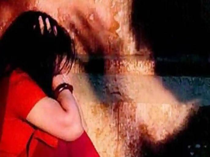In Rajasthan, miscreants gang-raped a woman, forced nephew of woman for rape | राजस्थान में बदमाशों ने महिला से किया सामूहिक दुष्कर्म, महिला के भांजे को भी जबरन संबंध बनाने को किया मजबूर