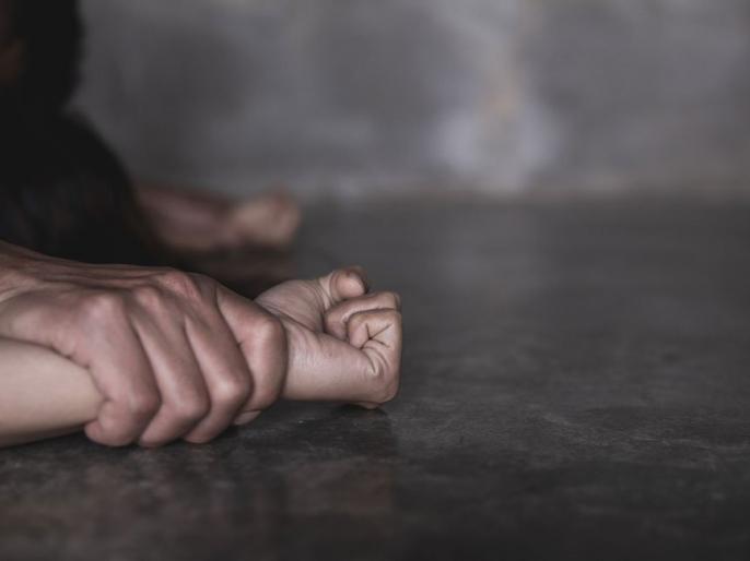 bihar patnaHalf a dozen people gang rape woman in Purniatry to kill protest crime case | पूर्णिया में महिला के साथआधा दर्जन लोगों ने किया सामूहिक दुष्कर्म,विरोध करने पर कत्ल करने की कोशिश