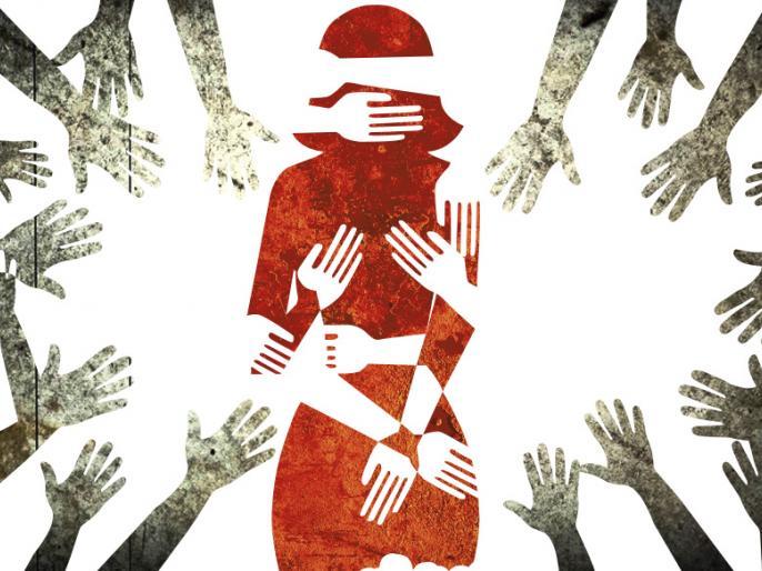 Seraikela Kharsawan60 people gang raped 30 days 22 years old womandrug injectionneedlehostagejharkhand | सरायकेला-खरसावां में30 दिन तक नशे की सुई देकर युवती से 60 लोगों ने किया रेप,शरीर पर जख्मों के निशान