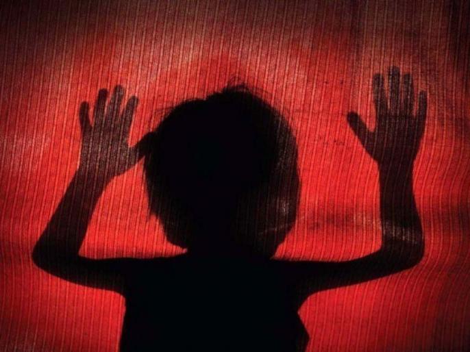 Andhra Pradesh Machilipatnam father raped 4.5 year old daughter | पिता ने साढ़े चार साल की बच्ची के साथ किया रेप, शरीर में दर्द होने पर ऐसे हुआ खुलासा