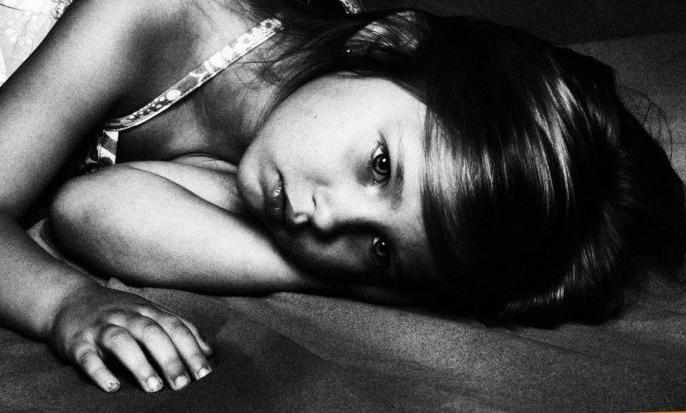 Gurugram 6 year old girl sent again to rapist by parents for accused arrested | 6 साल की बच्ची से रेप, माँ-बाप ने मासूम को दोबारा आरोपी के पास भेजा, वजह चौंका देगी