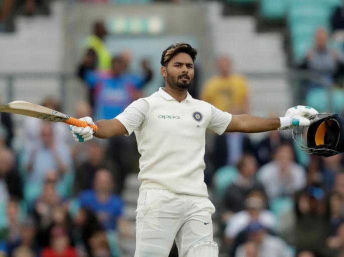 India vs West Indies: rishabh pant spot in danger, Riddhiman Saha can take the place | IND vs WI: टेस्ट से ऋषभ पंत की होगी छुट्टी? ये खिलाड़ी ले सकता है जगह