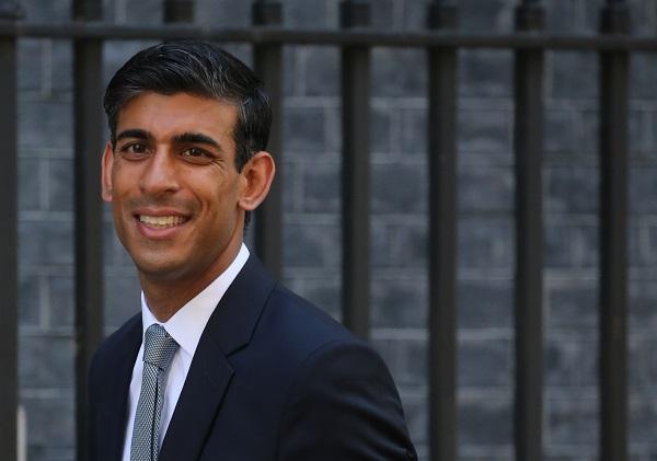 Rishi Sunak, Narayana Murthy's son-in law, is UK's new finance minister | इंफोसिस के सह-संस्थापक नारायण मूर्ति के दामादऋषि सुनकब्रिटेन के नएवित्त मंत्री, जानिए इनके बारे में