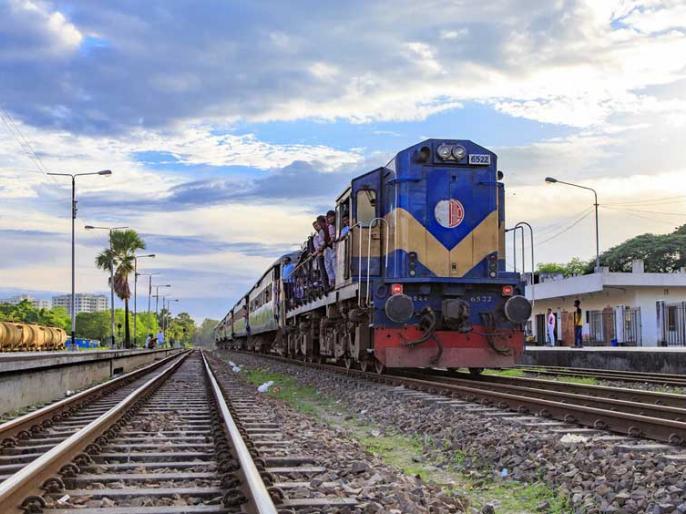 Piyush goyal says railways recruiting RRB and RRC group d 3 lakh vacancies govt in loksabha | मोदी सरकार ने कहा, 'रेलवे RRB और RRC के जरिए Group D समेत इतने लाख पदों पर करा रहा है भर्तियां'
