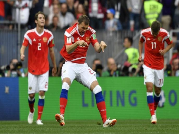 fifa world cup 2018 russia beat saudi arabia in first group a match by 5 0 | FIFA World Cup 2018: उद्घाटन मैच में रूस ने सऊदी अरब को 5-0 से रौंदा, गाजिंस्की ने दागा पहला गोल