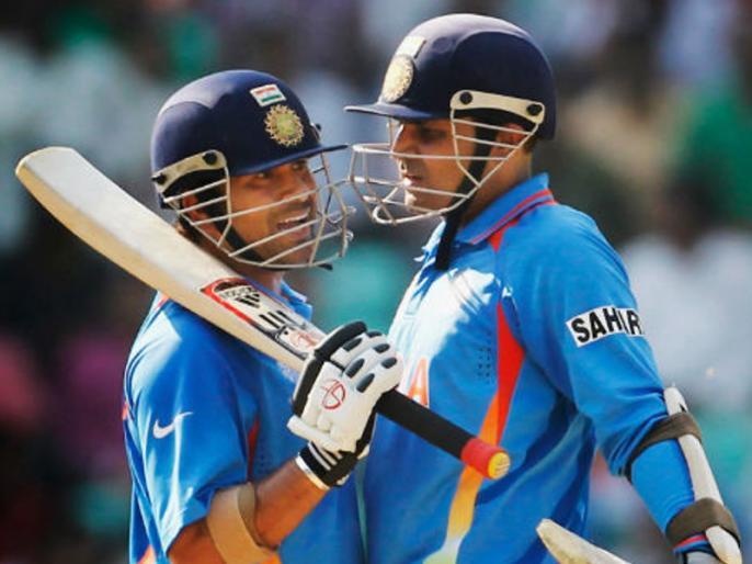 Sachin saved Sehwag from facing Wasim Akram, interesting story reveals on a chat show | सहवाग को इस गेंदबाज की बॉलिंग से लगता था डर, सचिन ने किया खुलासा