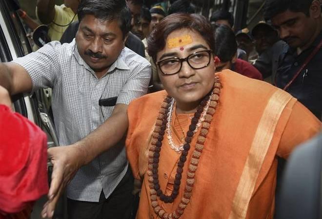 Pragya Thakur says party line is my line hai on Nathuram Godse deshbhakt | 'नाथूराम गोडसे देशभक्त' बयान पर बवाल के बाद प्रज्ञा ठाकुर ने कहा- 'पार्टी की लाइन ही मेरी लाइन'