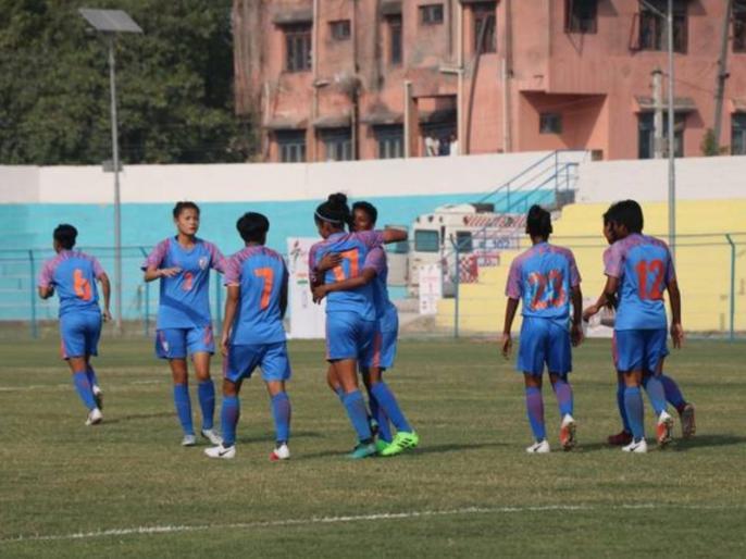 India beat Bangladesh to enter SAFF Women's football final | भारत ने बांग्लादेश को 4-0 से रौंदा, लगातार पांचवीं बार सैफ महिला फुटबॉल के फाइनल में