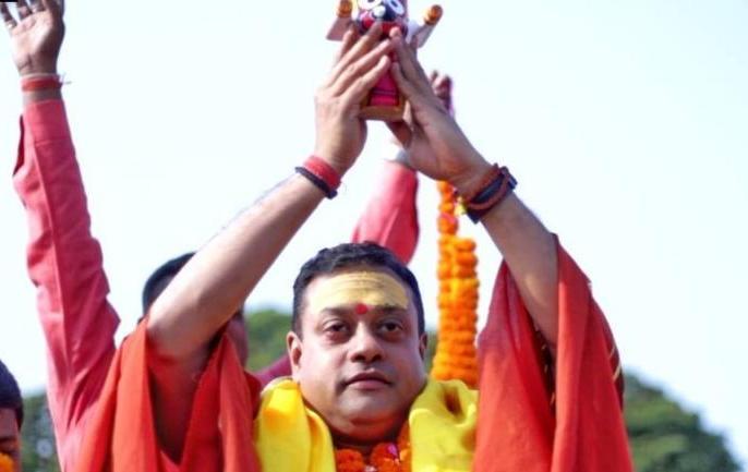 Congress leader Gaurav Vallabh said to Sambit Patra, brother, you forgetting that you are a doctor | संबित पात्रा ने कहा- मैं प्रतिज्ञा करता हूं कि घर से नहीं निकलूंगा, तो कांग्रेस नेता गौरव वल्लभ बोले- भैया, आप कॉमेडी करते-करते तो भूल ही गए कि आप डॉक्टर हैं