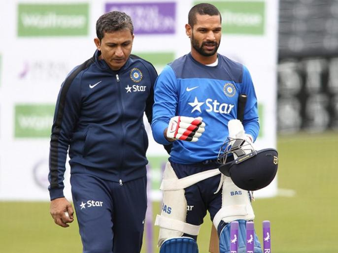 Sanjay Bangar reveals how his tips helped Virat Kohli, Rohit Sharma, Shikhar Dhawan to improve their battting   पूर्व बैटिंग कोच संजय बांगड़ ने खोला राज, बताया कैसे की कोहली, रोहित, धवन को बैटिंग सुधारने में मदद
