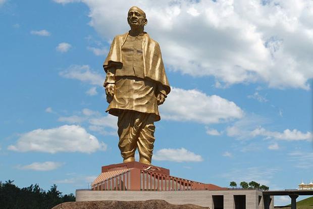 PM Modi pays tribute to Sardar Patel on his death anniversary | प्रधानमंत्री नरेंद्र मोदी ने सरदार पटेल की पुण्यतिथि पर श्रद्धांजलि दी