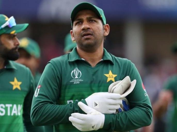 Sarfaraz Ahmed retained as Pakistan captain, Babar Azam made vice-captain | सरफराज अहमद बने रहेंगे पाकिस्तान की टी20 और वनडे टीम के कप्तान, यह खिलाड़ी बना उपकप्तान