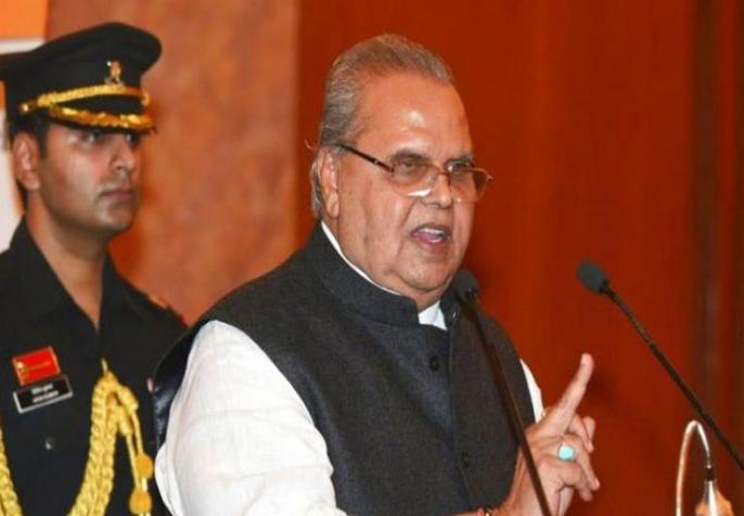 Lokmat Exclusive: Satyapal Malik can continue as Deputy Governor of Jammu and Kashmir! | Lokmat Exclusive: जम्मू-कश्मीर के उप राज्यपाल के रूप में सेवा जारी रख सकते हैं सत्यपाल मलिक!