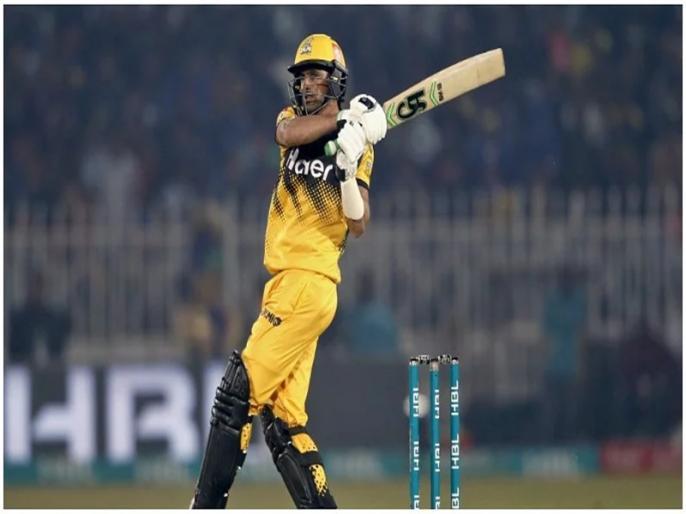 PSL 2021 Shoaib Malik Batting And Fitness Are At A Good Level Against Lahore Qalandars   PSL 2021: सानिया मिर्जा के पति ने खेली विस्फोटक पारी, 11 गेंदों पर जड़ दिए 52 रन फिर भी हार गई टीम