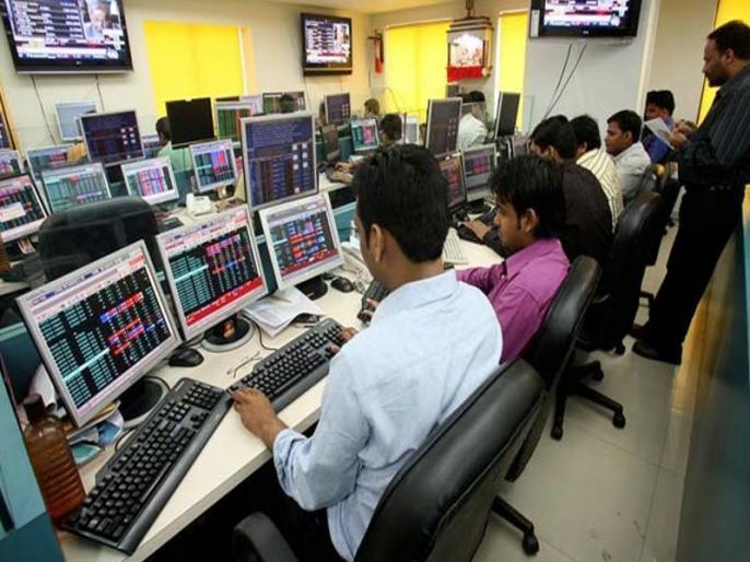 Sensex falls by 401.18 points, currently at 36,162.70. Nifty falls by 125.20 point, currently at 10,715.45. | सेंसेक्स में 400 अंक से ज्यादा की गिरावट, निफ्टी ने भी लगाया गोता, जानें बाजार के मौजूदा हाल