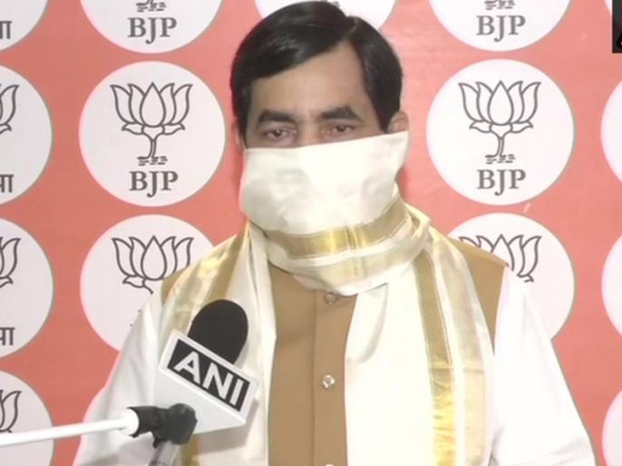Bihar election bjp shahnawaz hussain tests coronavirus positive sushil modi mangal pandey in quarantine | बिहार चुनाव पर कोरोना की मार! शाहनवाज हुसैन हुए कोविड-19 संक्रमित, सुशील मोदी सहित मंगल पांडे और रूडी भी क्वारंटीन