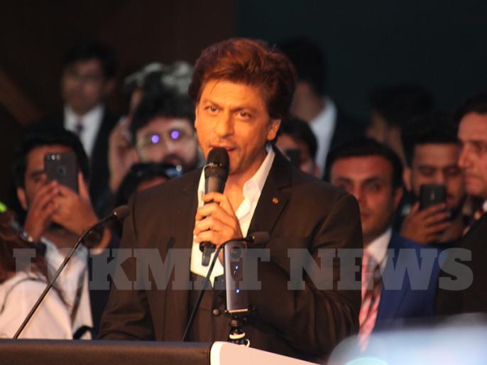 Shah Rukh Khan do his digital debut soon | शाहरुख खान करने जा रहे हैं डिजीटल डेब्यू, इस वेब सीरिज में आ सकते हैं नजर
