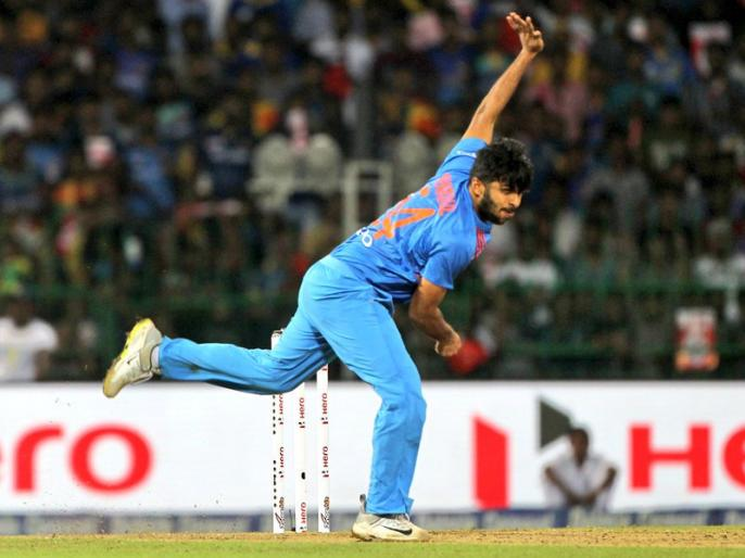 Ind vs WI: BCCI has named Shardul Thakur as replacement for the injured Bhuvneshwar Kumar for the upcoming ODI series against West Indie | Ind vs WI: वेस्टइंडीज के खिलाफ टीम इंडिया में शामिल हुआ यह तेज गेंदबाज, भुवनेश्वर कुमार की लेगा जगह