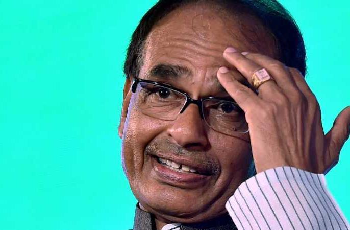 MP: Crime Branch arrests a man who allegedly conspiring to kill BJP leaders Shivraj Chouhan | शिवराज चौहान सहित भाजपा नेताओं को मारने की रच रहा था साजिश, क्राइम ब्रांच ने आरोपी को दबोचा