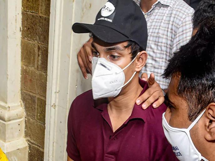 Sushant Singh Case Rhea Chakraborty Brother Arrested Over Drug Charges | Breaking News: ड्रग्स मामले में रिया चक्रवर्ती का भाई शोविक गिरफ्तार, कहा- बहन के कहने पर सुशांत के लिए खरीदता था ड्रग्स!